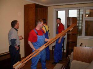 Разборка мебели бригадой грузчиков
